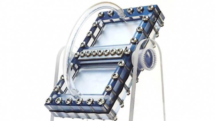 La batería líquida que funciona con la fuerza de gravedad