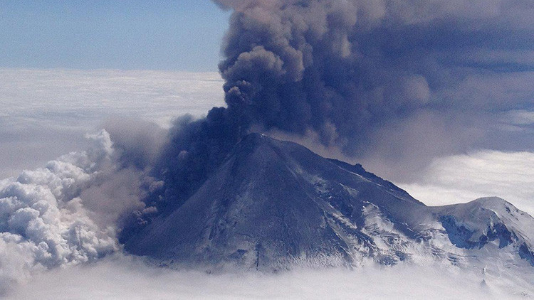 Uno de los volcanes más activos de Alaska podría volver a despertar