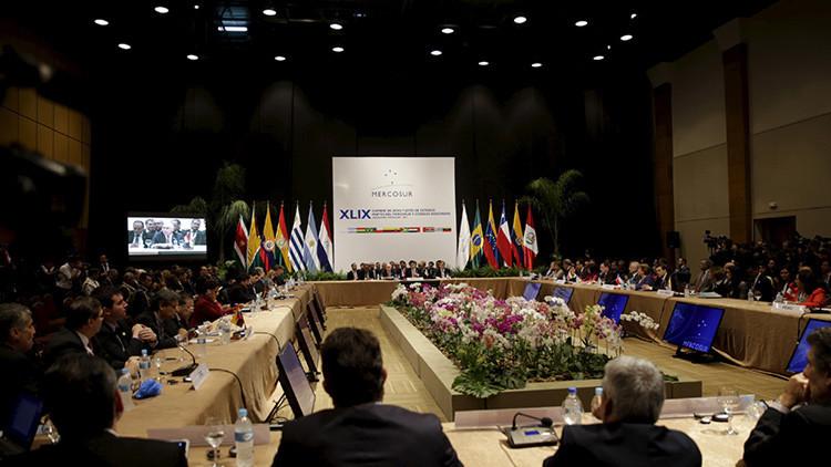 """Brasil pide """"más tiempo"""" a Uruguay para traspasar la presidencia del Mercosur a Venezuela"""