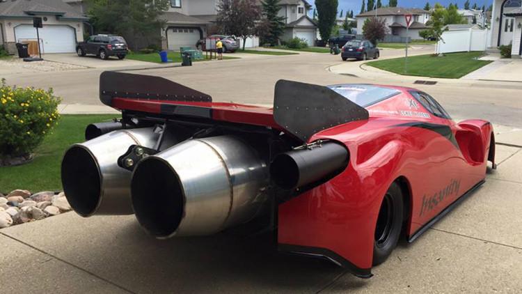 McQueen ha vuelto: un canadiense construye en su garaje un Ferrari con motores de reacción (fotos)