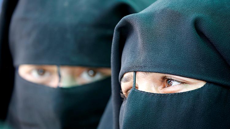 EXCLUSIVA RT: En busca de dos hermanas rusas que se escaparon para unirse al EI