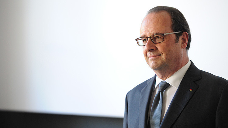 "Hollande afirma que ""Rusia no es ni enemigo ni amenaza"""