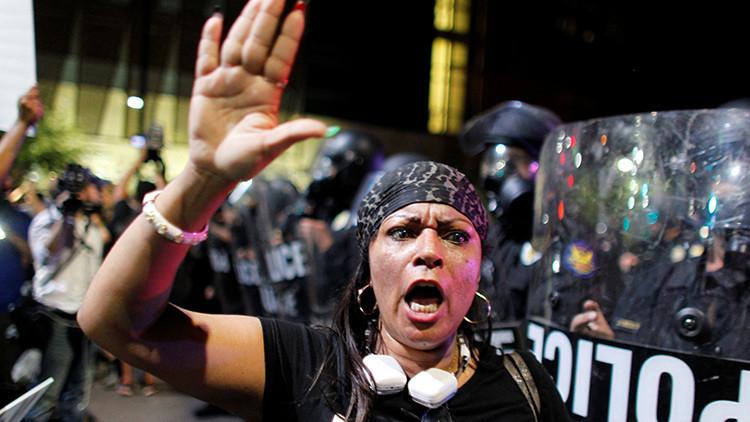 ¿Es solo el racismo la razón de la violencia policial en EE.UU.?