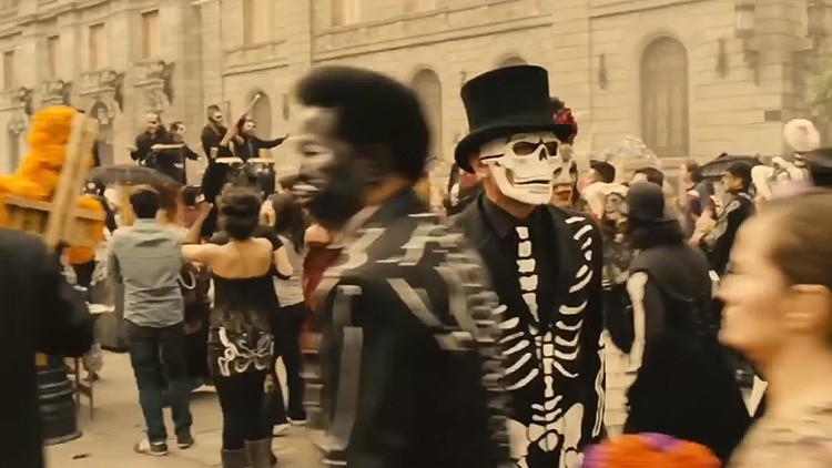 'Spectre' de James Bond impulsa el Festival de Día de Muertos en México
