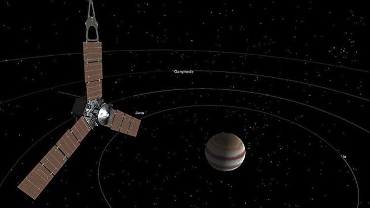 La NASA publica la primera fotografía de Júpiter desde la órbita del planeta