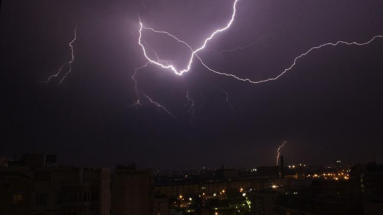 """""""Adiós Moscú, llegó el apocalipsis"""": Una fuerte tormenta con granizo sacude Moscú (videos, fotos)"""