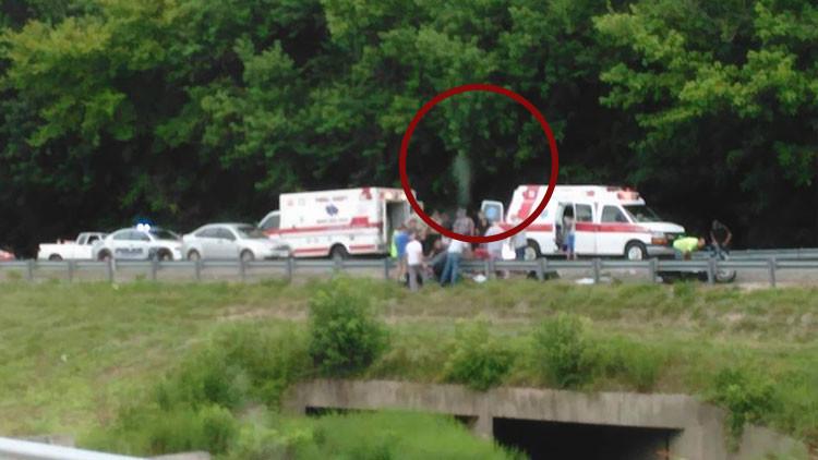 EE.UU.: Fotografían el 'espíritu' de un motorista abandonando su cuerpo tras un accidente fatal