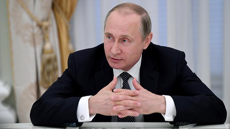 """Putin tras hablar con Obama: """"EE.UU. quiere regular la cooperación con Rusia"""""""