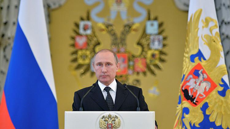 """Putin a Francia: Rusia """"sabe qué es el terror y las amenazas que crea"""""""
