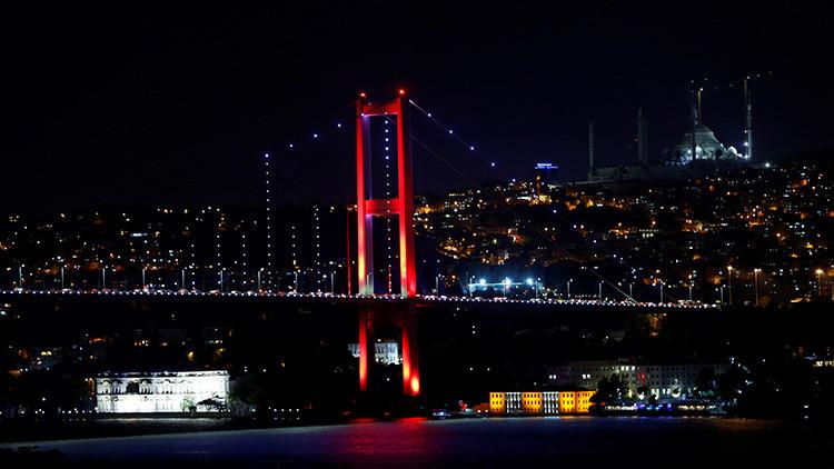 El Estado Mayor del Ejército asegura haber arrestado a la cúpula del Gobierno turco