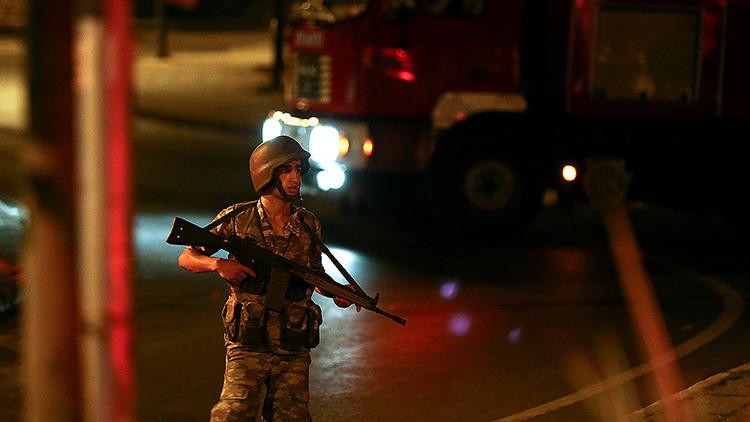 MINUTO A MINUTO: Turquía se sumerge en el caos tras el Golpe de Estado