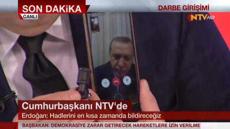 Erdogan no pudo aterrizar en Estambul y se dirige en un avión a Alemania