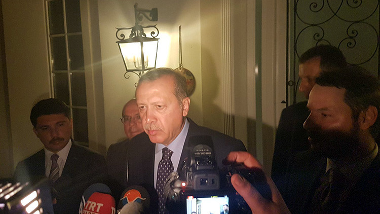 Alemania rechaza dar asilo a Erdogan
