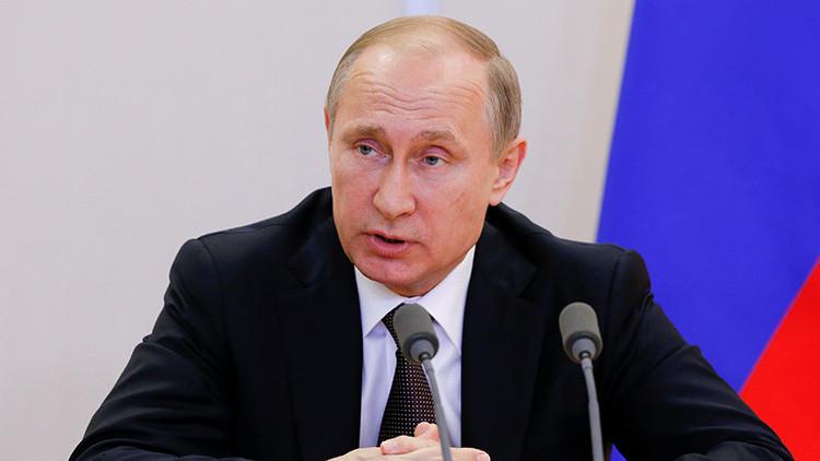 Putin da órdenes para garantizar la seguridad de los ciudadanos rusos en Turquía
