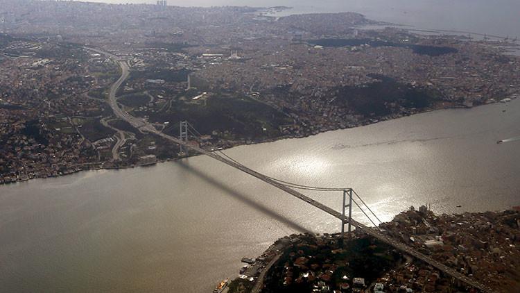 Turquía: Cierran el estrecho del Bósforo para los buques tanque