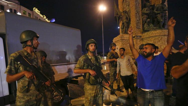 El rastro sangriento del golpe fallido en Turquía: Сasi 200 muertos y más de 1.000 heridos