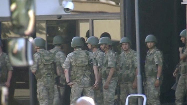 Soldados detenidos por el golpe de Estado fallido afirman que pensaban que se trataba de maniobras
