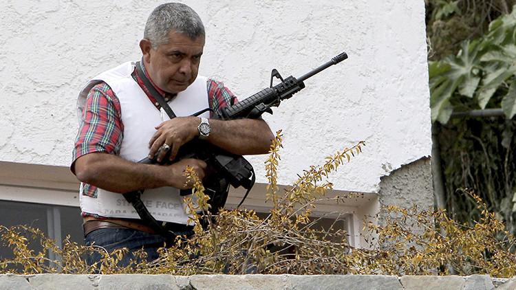 """El uso de armas en América Latina: """"Lo que influye es la cercanía al territorio de la superpotencia"""""""
