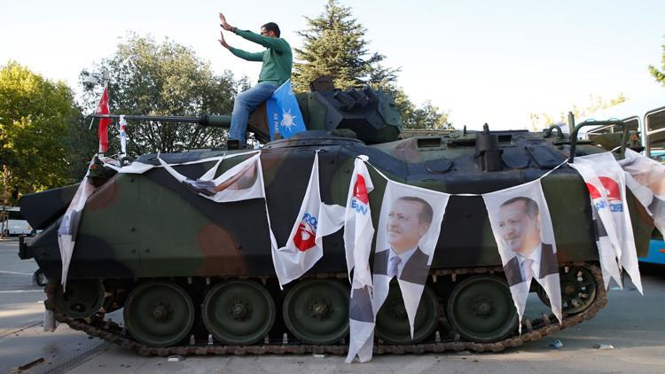 ¿Golpe de Estado o montaje de Estado?: El opositor Gulen sugiere que Erdogan simuló el alzamiento