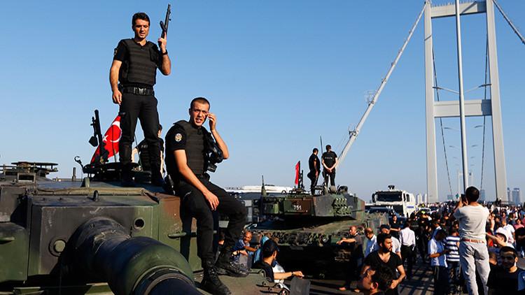 La intentona golpista en Turquía pilló por sorpresa a las Fuerzas Armadas de EE.UU.