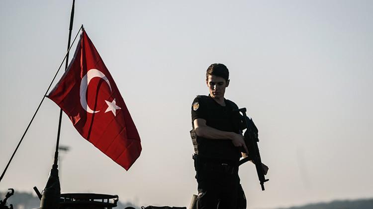 Turquía: Un soldado abre fuego en el centro de Ankara