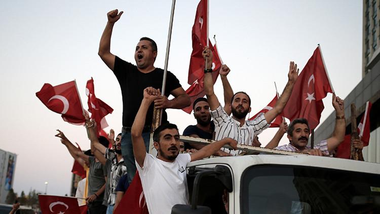 """Alemania: """"La pena de muerte en Turquía sería el fin de las negociaciones sobre la adhesión a la UE"""""""