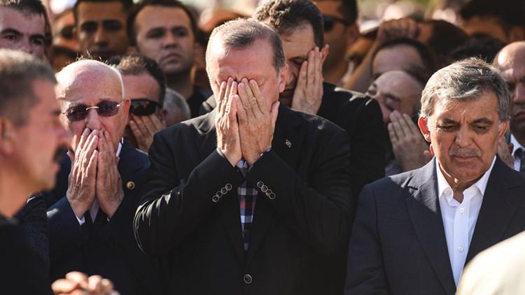 4 argumentos explican por qué muchos piensan que Erdogan está detrás de la intentona