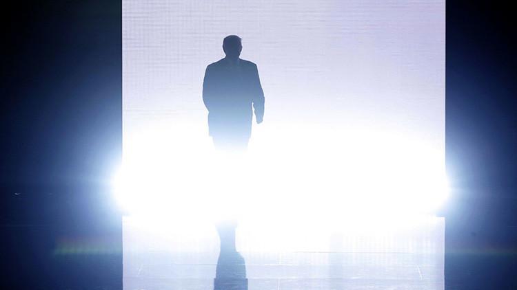 ¿E.T. o WWE? Twitter explota con la entrada de Trump en la Convención Republicana
