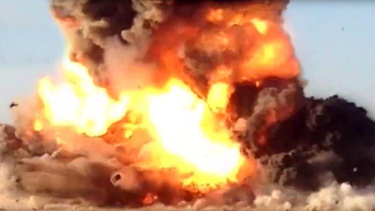 Atentado fallido: Las fuerzas iraquíes destruyen un camión suicida del EI (FUERTE VIDEO)