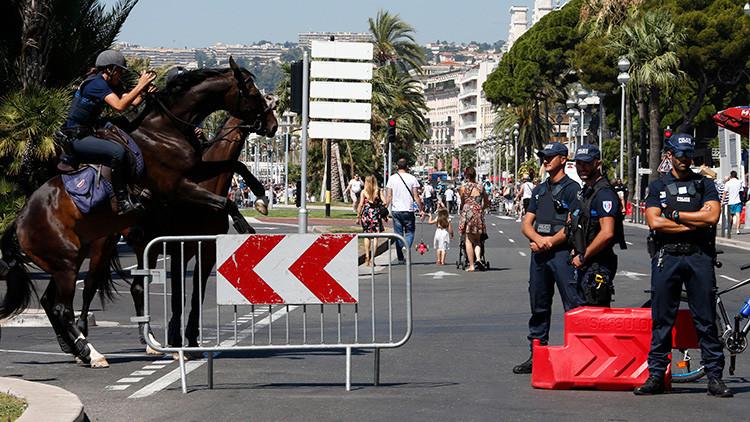 """""""Francia se dirige hacia un Estado militarizado gobernado por el miedo"""""""