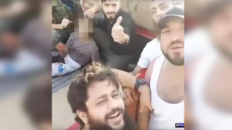 Publican el video de la decapitación de un niño por rebeldes sirios (VIDEO MUY FUERTE 18+)