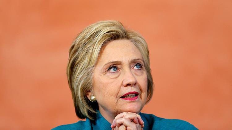 Hillary Clinton, acusada del secuestro de cientos de niñas por Boko Haram