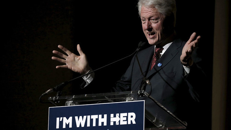 'Clinton violador': los partidarios de Trump lanzan una polémica camiseta
