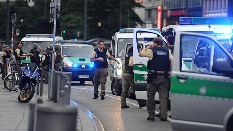 Policía: Los tiroteos se registraron en dos calles y un centro comercial de Múnich