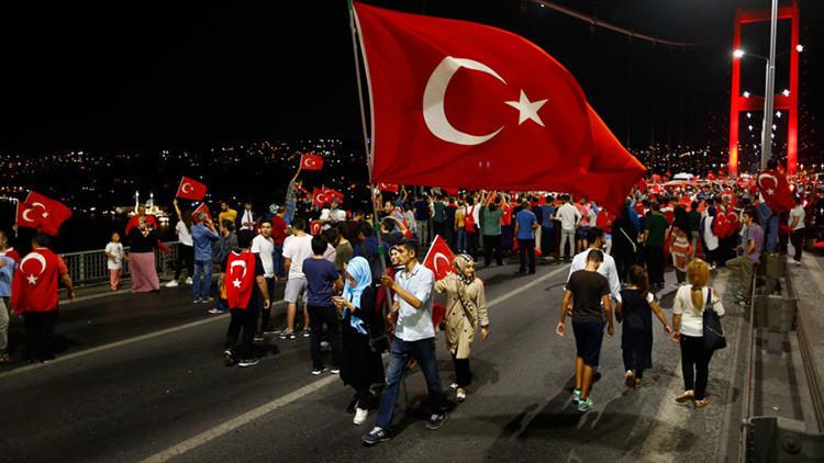 Turquía arresta a un sobrino del presunto líder de la intentona golpista