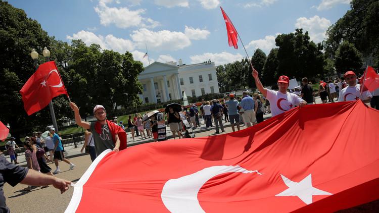 Turquía detiene a la mano derecha de Gulen