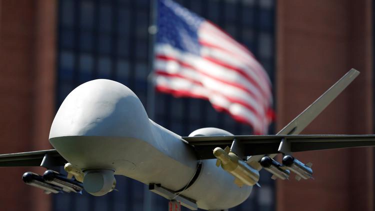 Un modelo de un dron militar en Filadelfia, Pensilvania, EE.UU., 24 de julio de 2016.