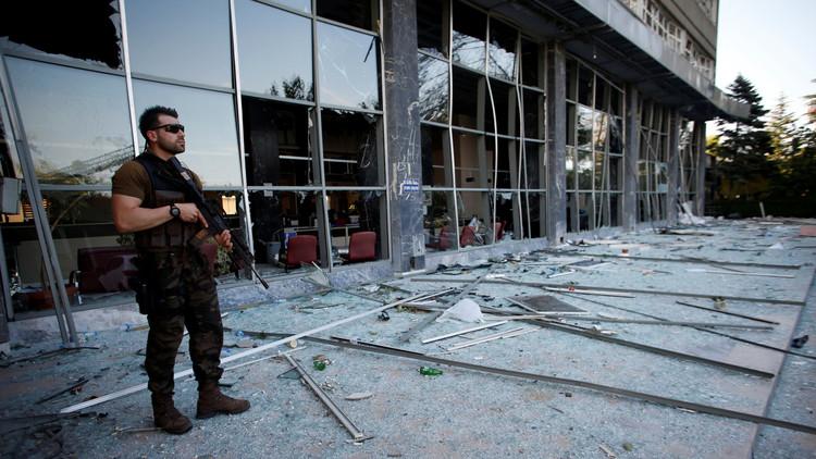 """""""Los detenidos tras el fallido golpe en Turquía son víctimas de torturas y violaciones"""""""