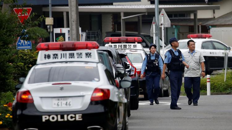 El atacante de Japón llevaba una bolsa llena de cuchillos manchados de sangre
