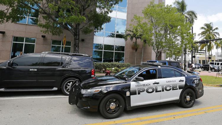 EE.UU.: Evacuan una comisaría de policía de Miami por un paquete sospechoso