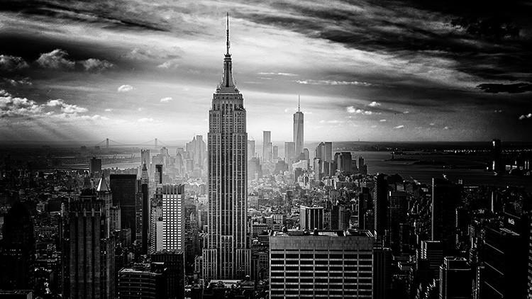 """""""¡El imperio contraataca!"""": Un rayo impacta en el rascacielos neoyorquino Empire State (Video)"""