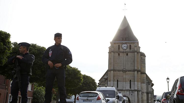 El Estado Islámico publica un video de los asesinos del sacerdote en Normandía