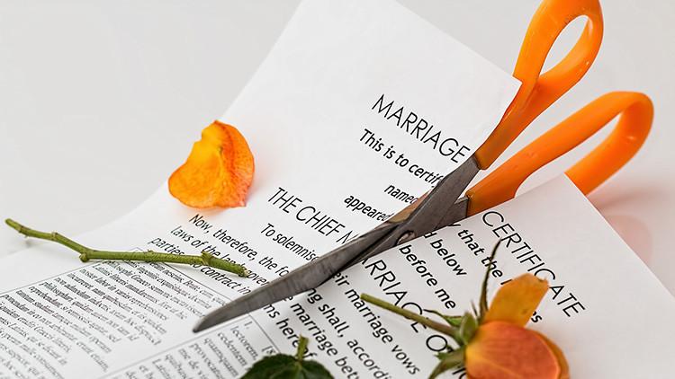 Si no es el dinero, entonces ¿cuál es la principal causa de divorcio?
