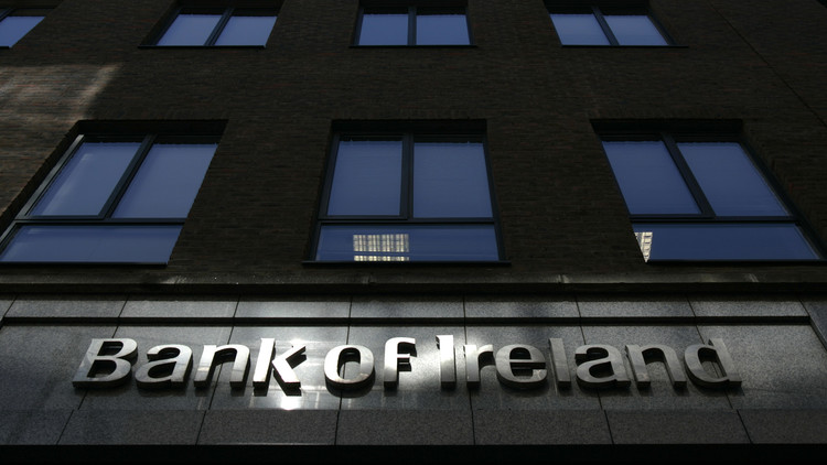 Irlanda: Encarcelan a tres importantes banqueros por la crisis financiera del 2008