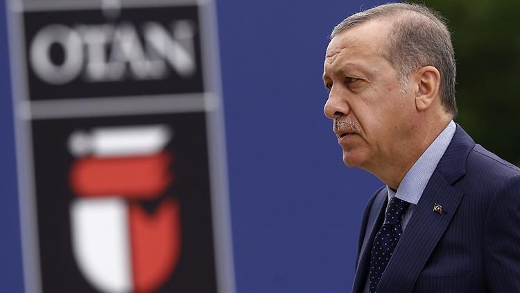 ¿Expulsará la OTAN a Turquía tras las purgas masivas y sus acusaciones contra EE.UU.?