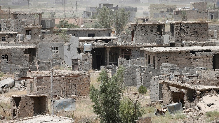 Los intensos tiroteos y las explosiones dejaron un barrio en ruinas y, prácticamente, acabaron con la antigua ciudad iraquí.