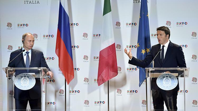El primer ministro italiano, Matteo Renzi, en una conferencia con el presidente ruso, Vladímir Putin, en Milán, Italia, el 10 de junio de 2015.