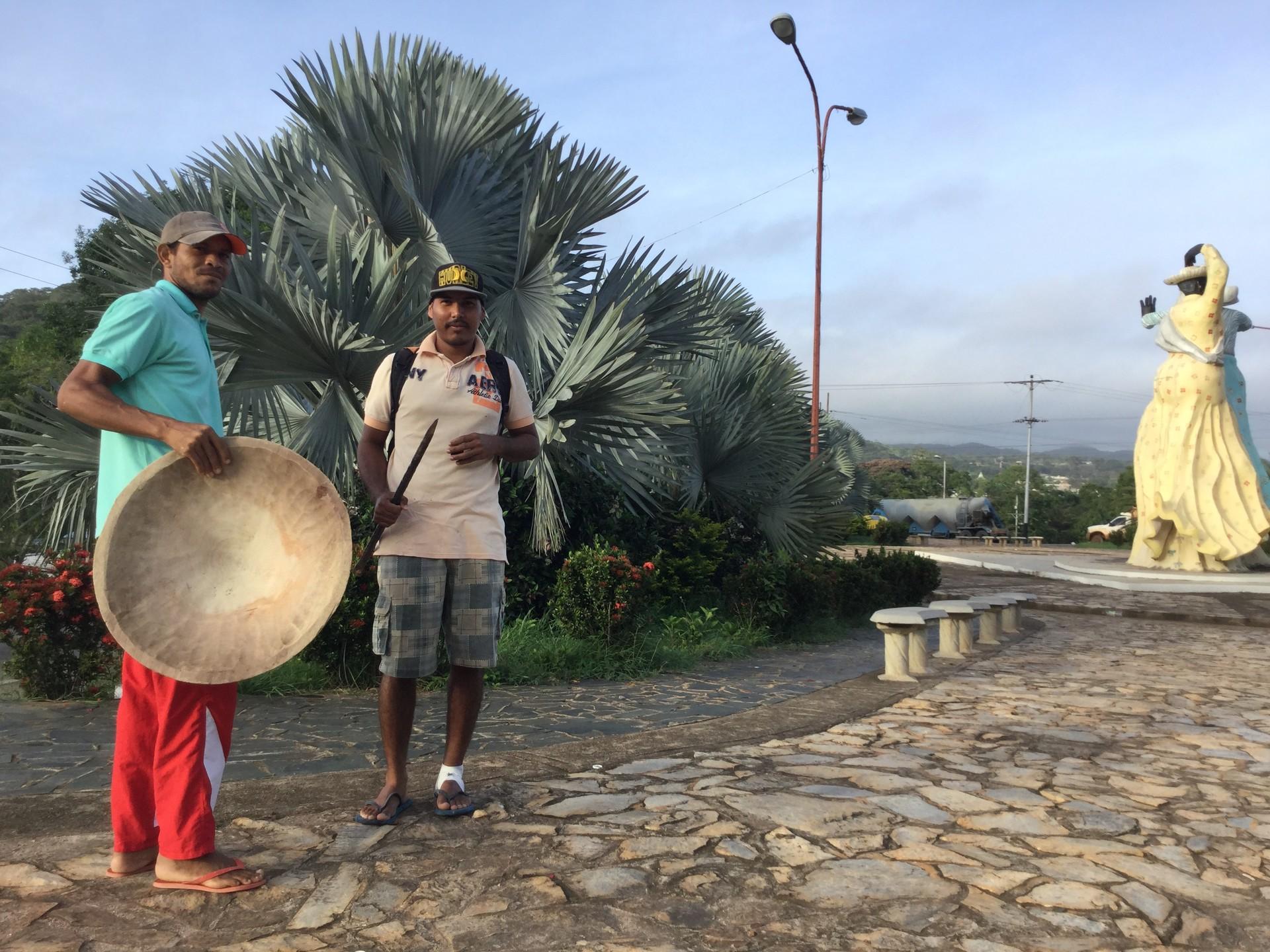 Mineros en la entrada de El Callao, estado Bolívar.