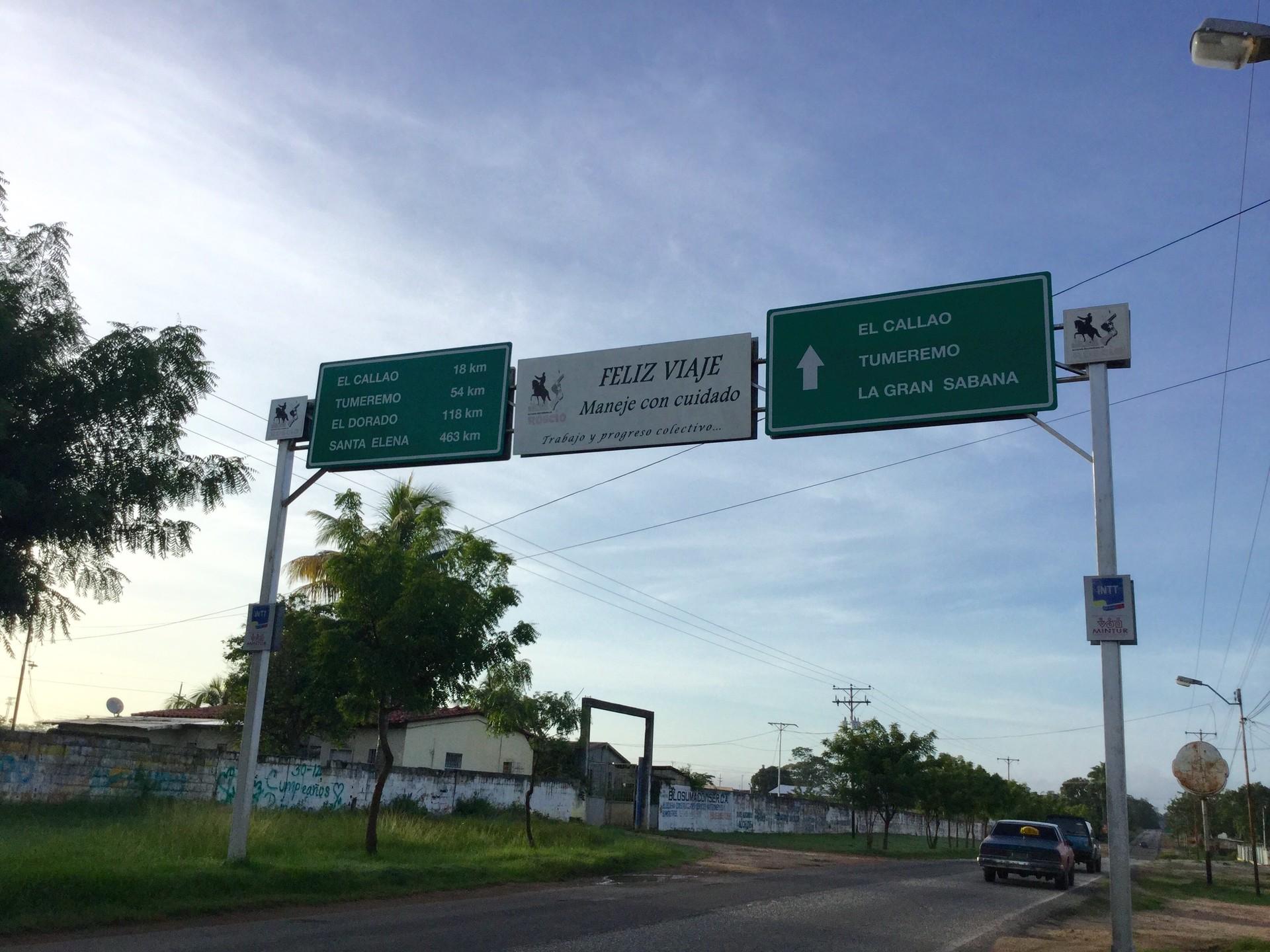 El estado Bolívar es el más extenso y el tercero menos poblado de Venezuela. La mayoría de los pueblos, ubicados al sur, dependen de la minería.