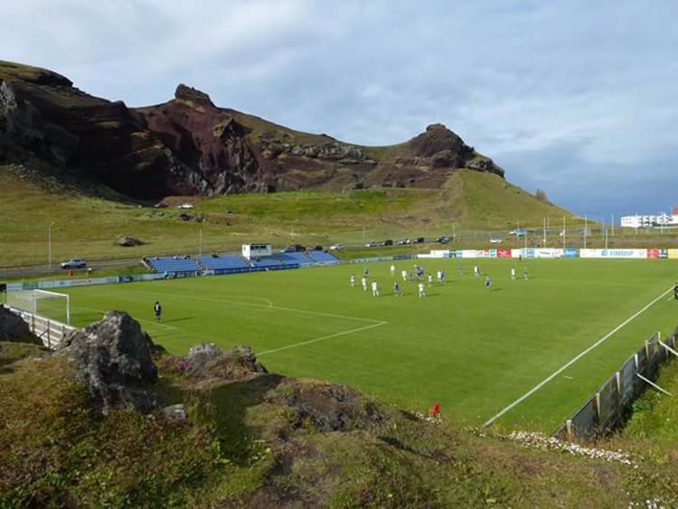 Un estadio en la isla Heimaey